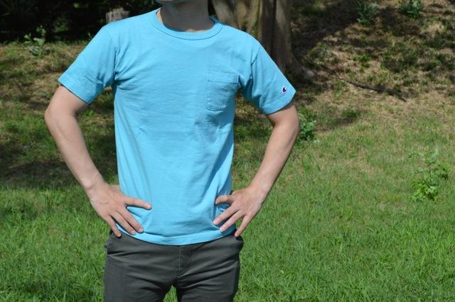 """チャンピオンのTシャツ""""T1011のSサイズ"""""""